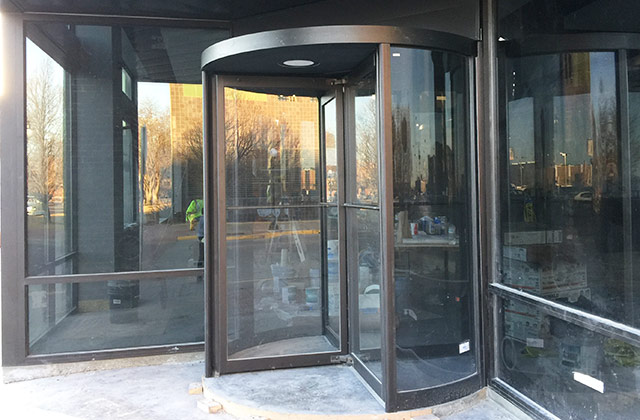 Glass Repair and Installation